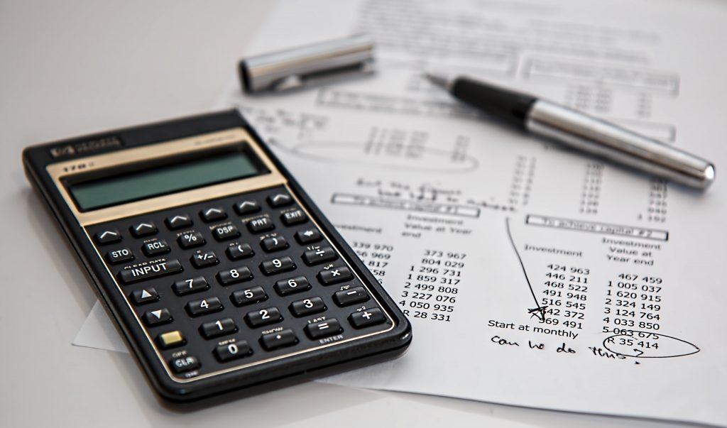 decoratieve afbeelding kasboekje financieel overzicht
